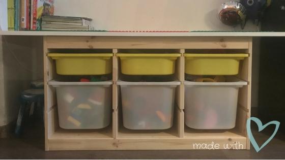 Trofast Opbergkast Ikea.Ikea Hack Ik Maakte Een Legotafel Van Het Trofast Systeem Roelove